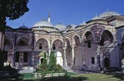Topkapi Palace, home to all the Ottoman sultans. Constructed by Mehmed II after the conquest of Constantinapolis in 1453. Istanbul. Turkey.