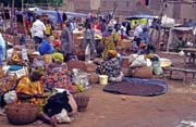 Beginning of Monday market at Djenné city. Mali.