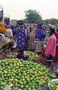 Mango and Monday market at Djenné city. Mali.