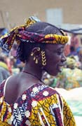 Woman at Monday market, Djenné city. Mali.