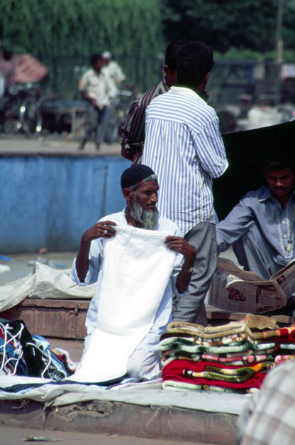 Street vendor at old Delhi. India.
