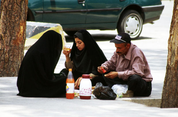 Picnic at the main street. Shiraz town. Iran.