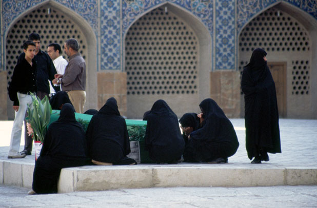 Funeral at Jameh mosque. Esfahan. Iran.