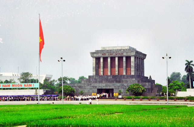 Ho Chi Minh mausoleum and long queue of visitors. Vietnam.