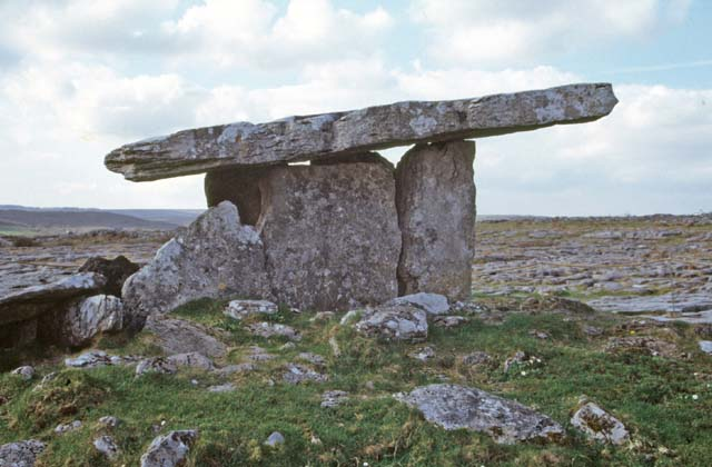 Poulnabrone. It is 5800 years old. Ireland.