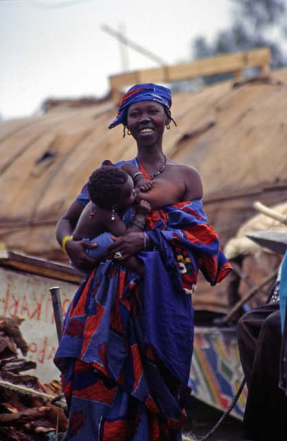 Local woman at Mopti town. Mali.