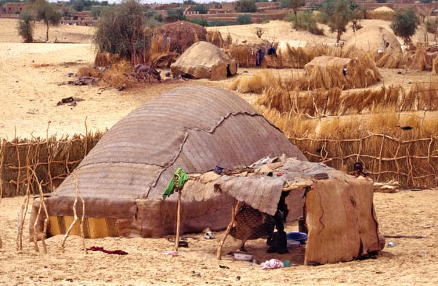 Tuareg tent at the edge of town Timbuktu (Tombouctou). Mali.