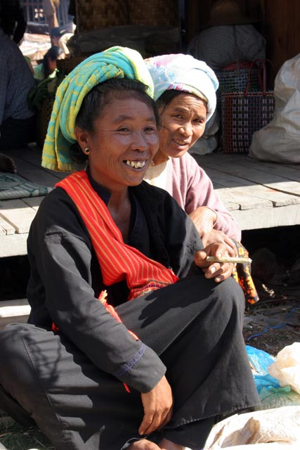 Women from Pa-O tribe. Inle Lake market. Myanmar (Burma).