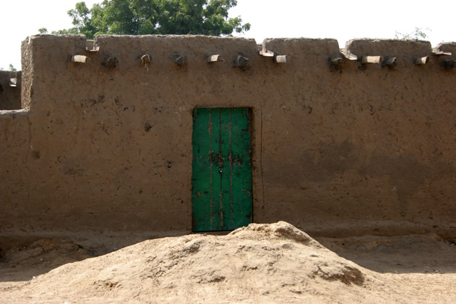 Muddy houses are typical. Kofia village at Lake Chad. Cameroon.